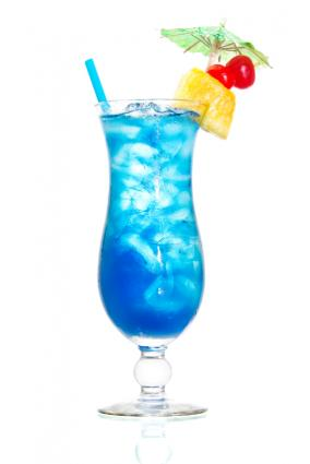 175148 284x425 BlueHawaiiCocktail